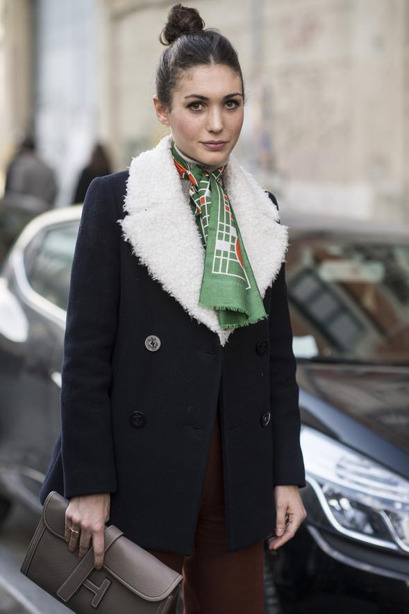 the-neck-scarf-trend-7.jpg