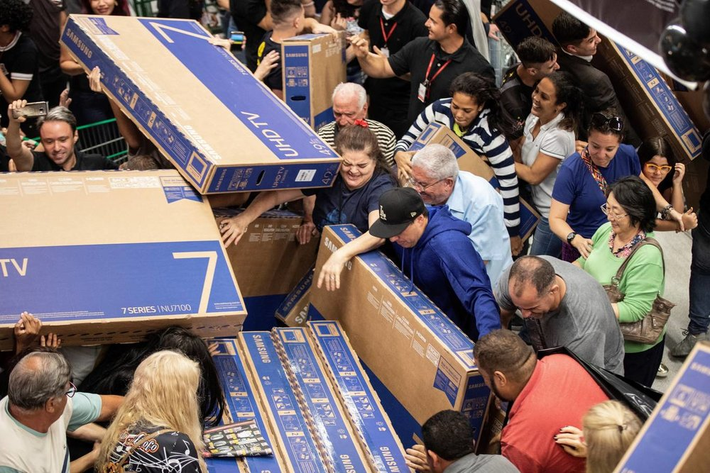 Chaos in Sao Paulo, Brazil over Black Friday sales. Image    via