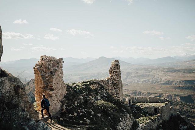#GoExplore ⠀⠀⠀⠀⠀⠀⠀⠀⠀ ⠀⠀⠀⠀⠀⠀⠀⠀⠀ ⠀⠀⠀⠀⠀⠀⠀⠀⠀ #OptOutside #Travel #WanderLust #ExploreToCreate #LiveOutdoors #StayAdventurous #TheModernDayExplorer #Explore #VisualsCollective #ArtOfVisuals #AOV #LiveFolk #LifeOfAdventure #Corinth #AcroCorinth #Athens #Greece #Europe