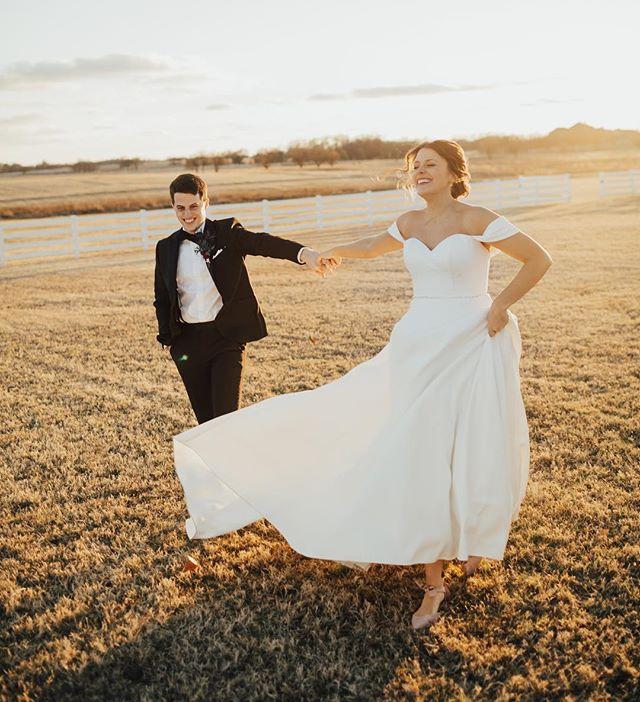 THE. MOST. AWESOMELY. CHILL. BRIDE. AND. GROOM. EVER. ⠀⠀⠀⠀⠀⠀⠀⠀⠀ ⠀⠀⠀⠀⠀⠀⠀⠀⠀ ⠀⠀⠀⠀⠀⠀⠀⠀⠀ #Portraits #MakePortraits #Wedding #LiveOutdoors #VisualsCollective #ArtOfVisuals #AOV #LiveFolk #WeddingPhotography #MakeMoments #ExploreToCreate #JuneBugWeddings #WeddingWire #GreenWeddingShoes #DirtyBootsAndMessyHair #TheKnot #HuffPostWeddings #OklahomaWedding #OklahomaCity #OklahomaWeddingPhotographer