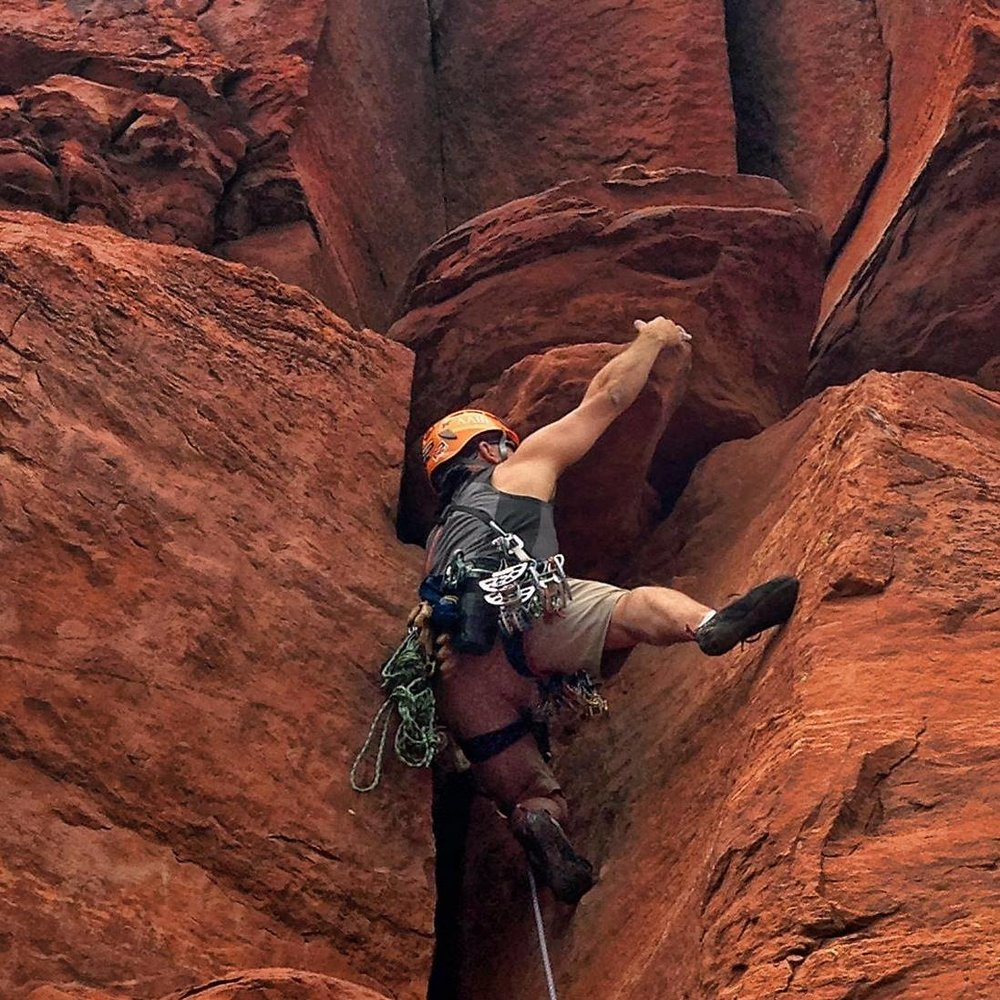 Tom Leading Pitch 3 of Queen Victoria in Sedona