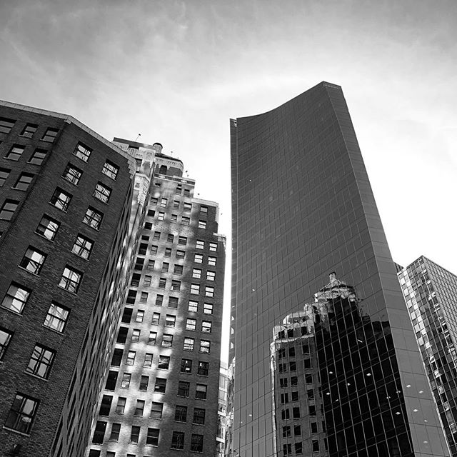 False  #gildedcrow #design #style #branding #webdesign #marketing #photography #vancouver #604 #yvr #las #networking #business #success #nyc #marketing #blackandwhite #bw #architecture #architecturephotography