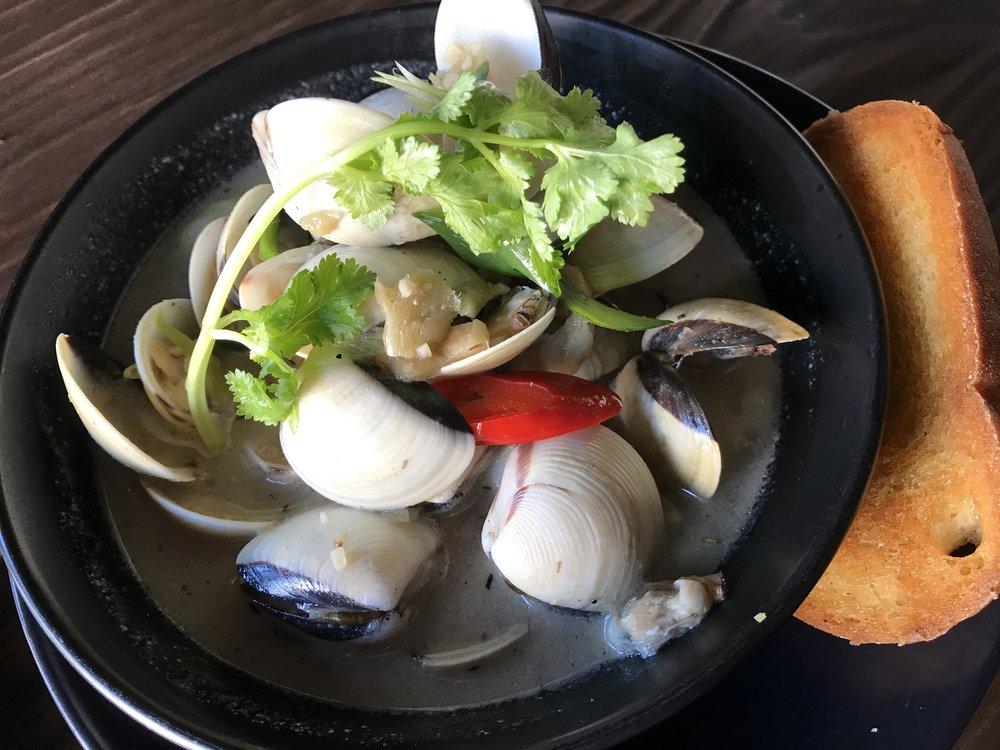 Pipi clams