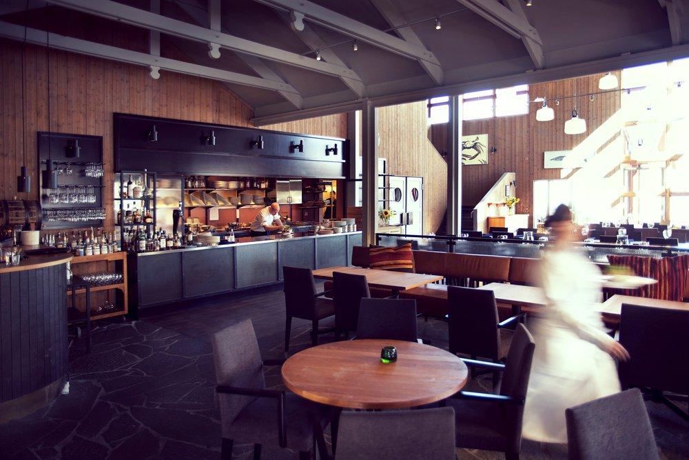 Svensk Whiskyprovning i baren