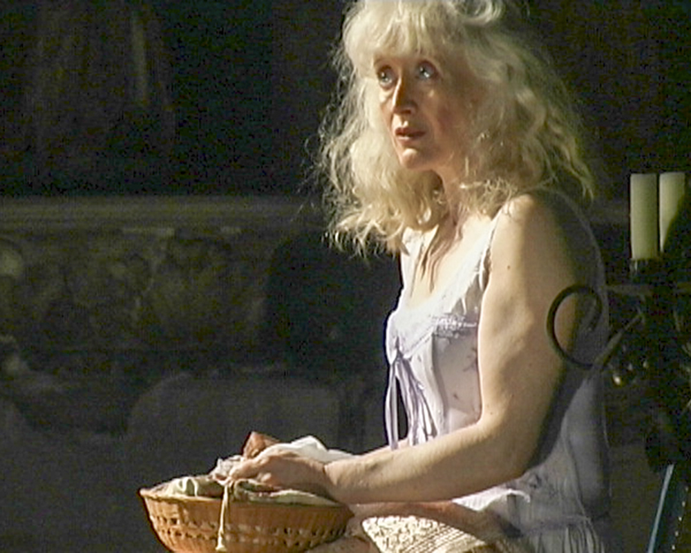 Siobhan Nicholas in Sam and I for web.jpg
