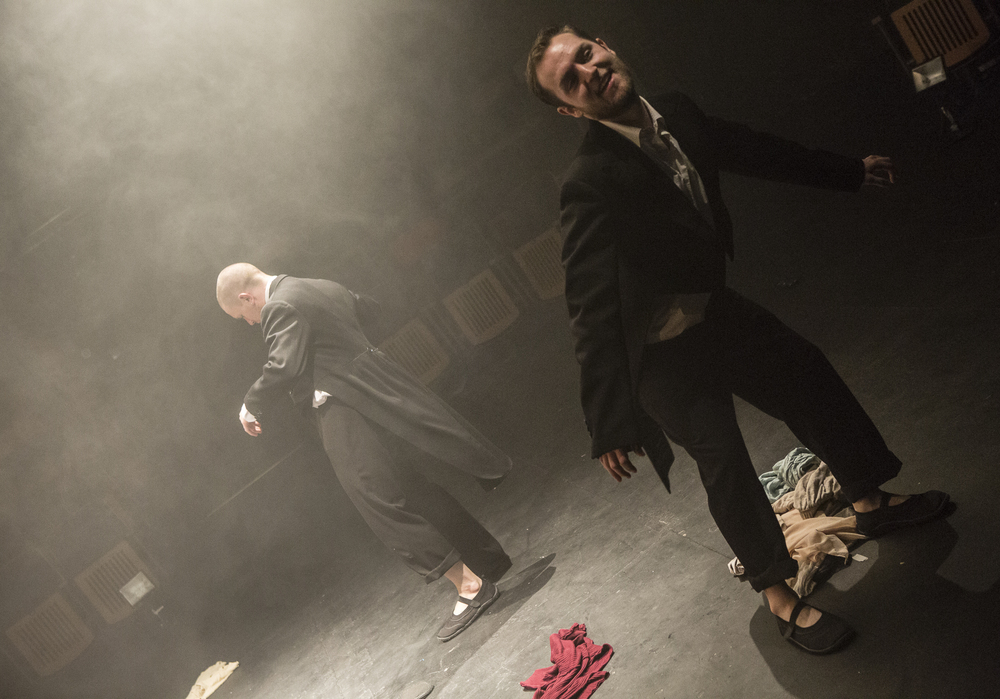 That Rings A Bell | Taylor Ayling and Oliver J Harris | Photo Credit: Michael O'Reilly