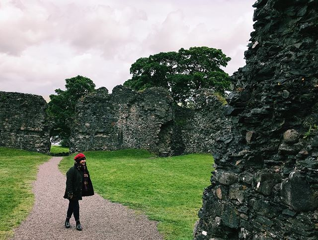 Fuck. Missing Scotland/exploring castle ruins/being on holiday/the ability to walk. 🔥Hot tip: Don't browse through holiday snaps whilst bedridden folks. #ilovescotland