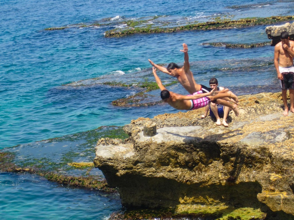 La Corniche - Having Fun!  Photo:  Calvin Wood
