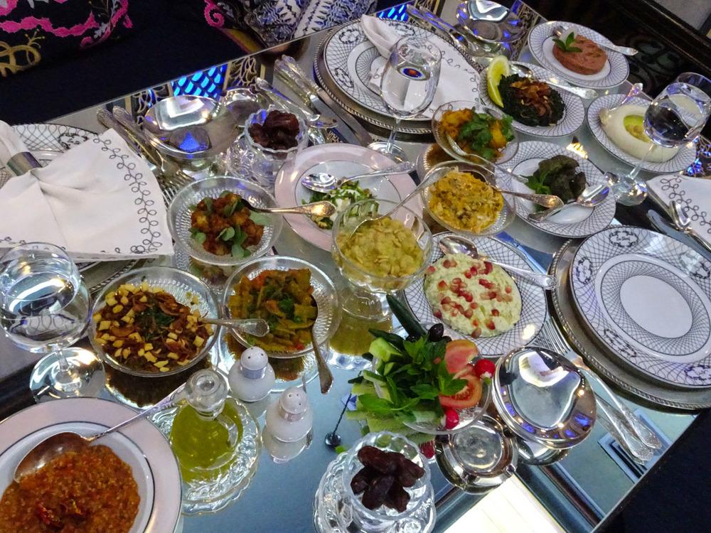 Em Sharif - Iftar Table - Ramadan  Photo: Calvin Wood