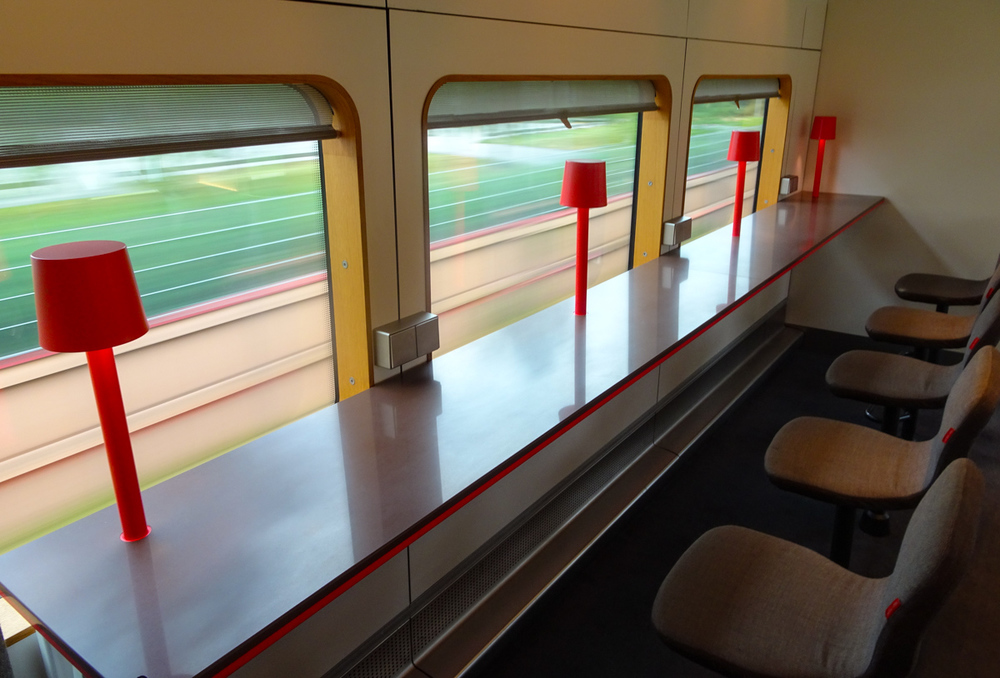 Lounge Seating - Arlanda Express   Photo:  Calvin Wood