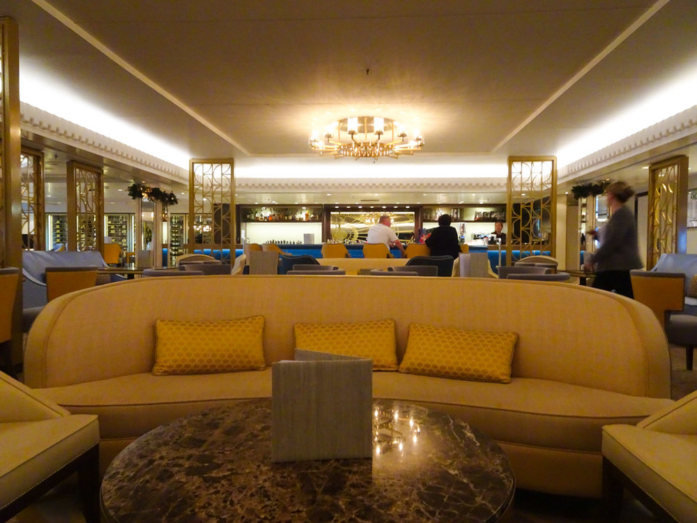 The Carinthia Lounge - The Queen Mary 2   Photo:  Calvin Wood