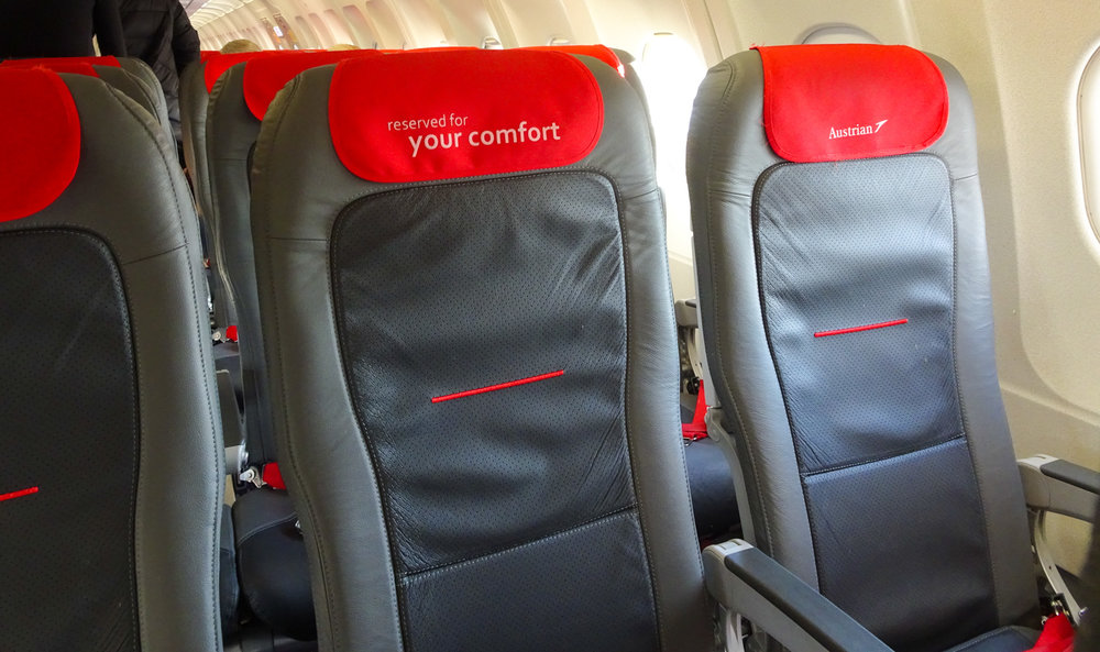 Austrian Airlines Business Class Seats - A320 - No one in the middle    Photo:  Calvin Wood