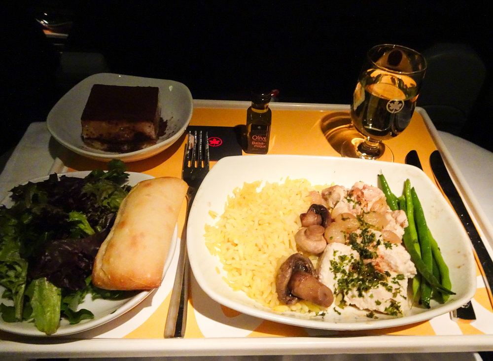 Dinner - Air Canada Rouge Premium Economy 767   Photo:  Calvin Wood