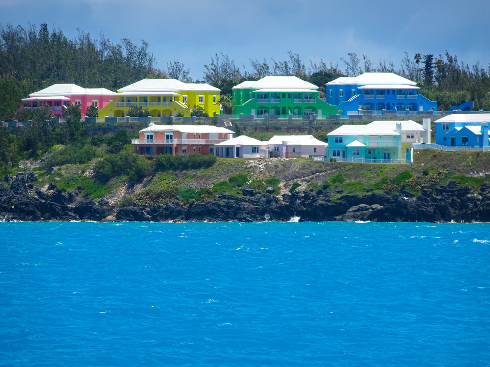 Multi-Color Houses - Bermuda   Photo: Calvin Wood