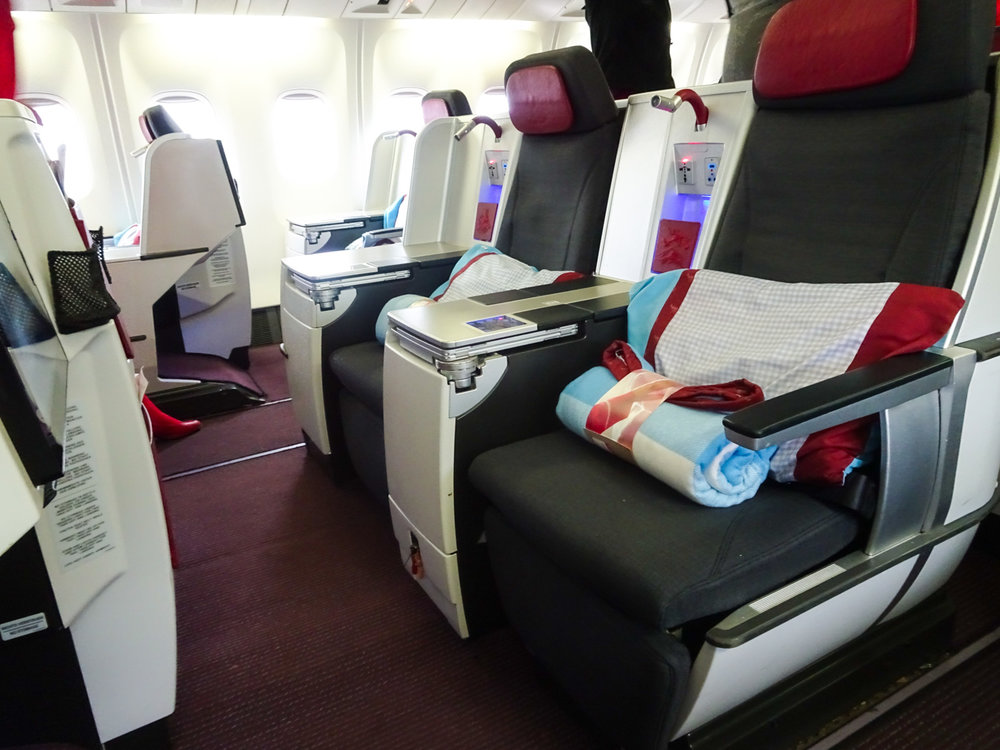 Double Seats - Austrian Airlines Business Class Photo: Calvin Wood