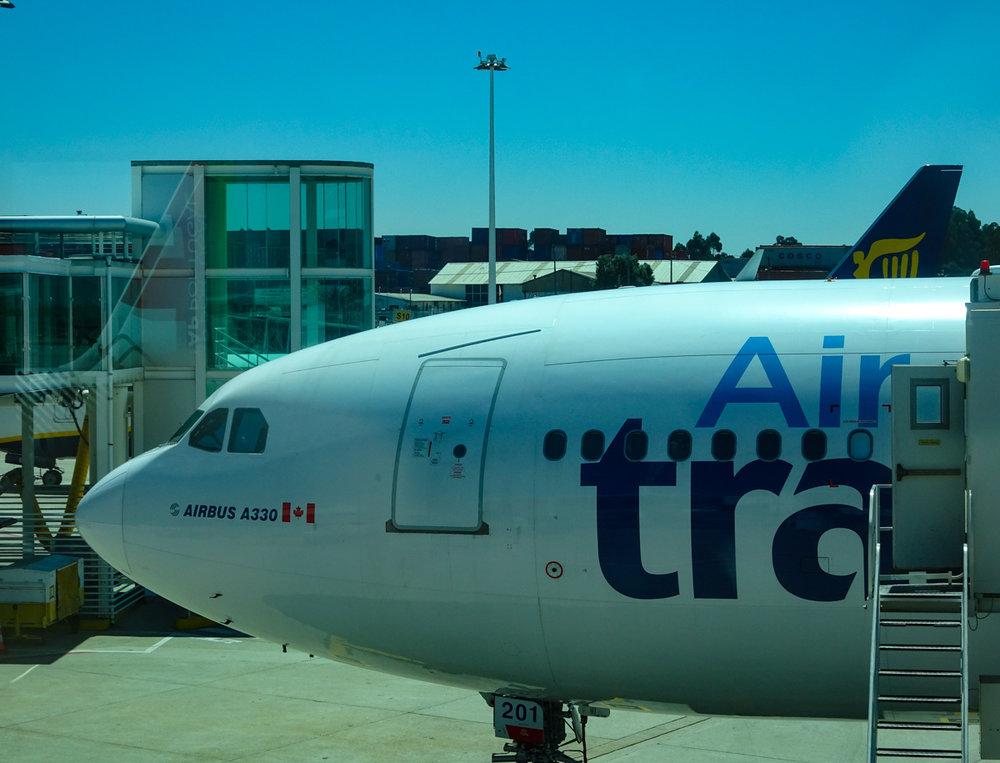 Airbus 330 - Air Transat - PortoPhoto: Calvin Wood