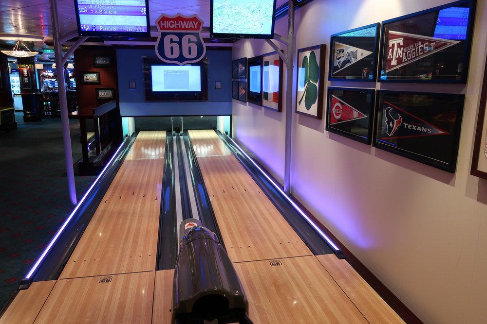 Mini Bowling Alley - O' Sheenhan's - NCL Getaway  Photo: Calvin Wood