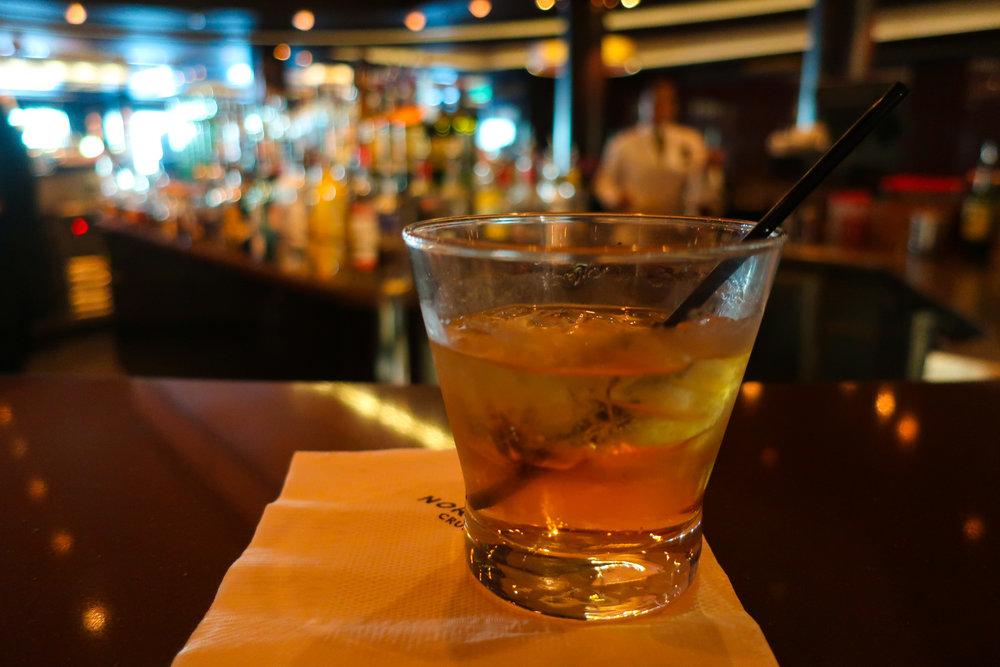 NCL Getaway Bars  Photo: Calvin Wood