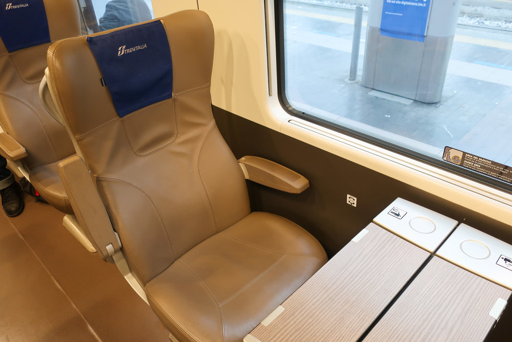 Duo Seat  - Frecciarossa 1000  Photo: Calvin Wood