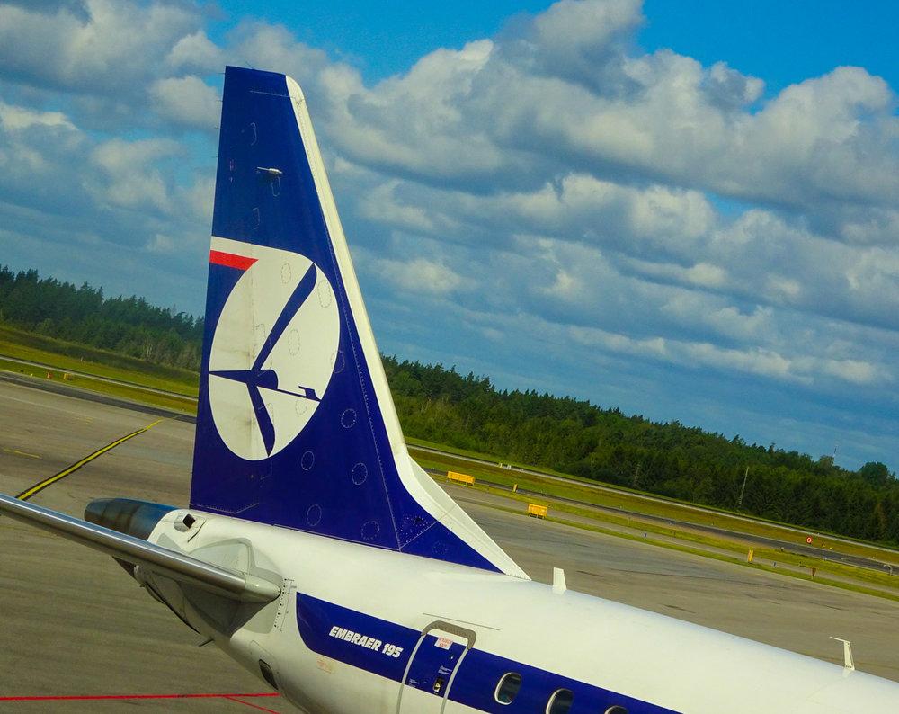 LOT Polish Airlines Embraer 195 Photo: Calvin Wood