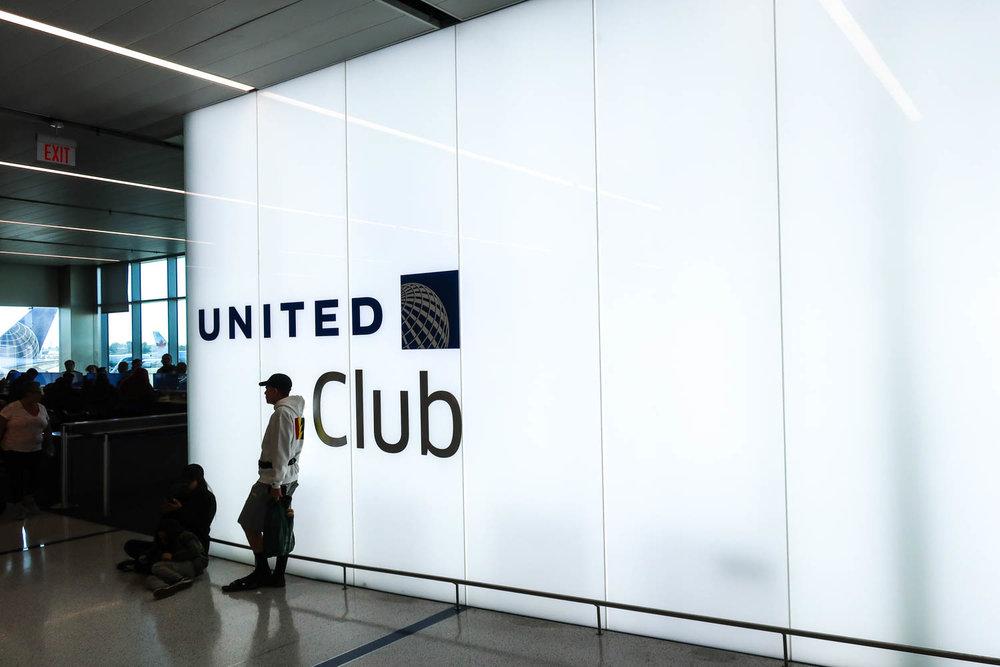 United Club Entrance - LAX - Photo: Calvin Wood