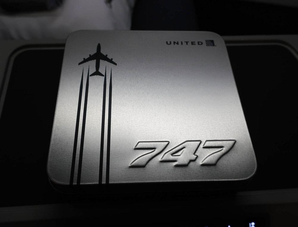 Commemorative Amenity Kit - United Business Class - Photo: Calvin Wood