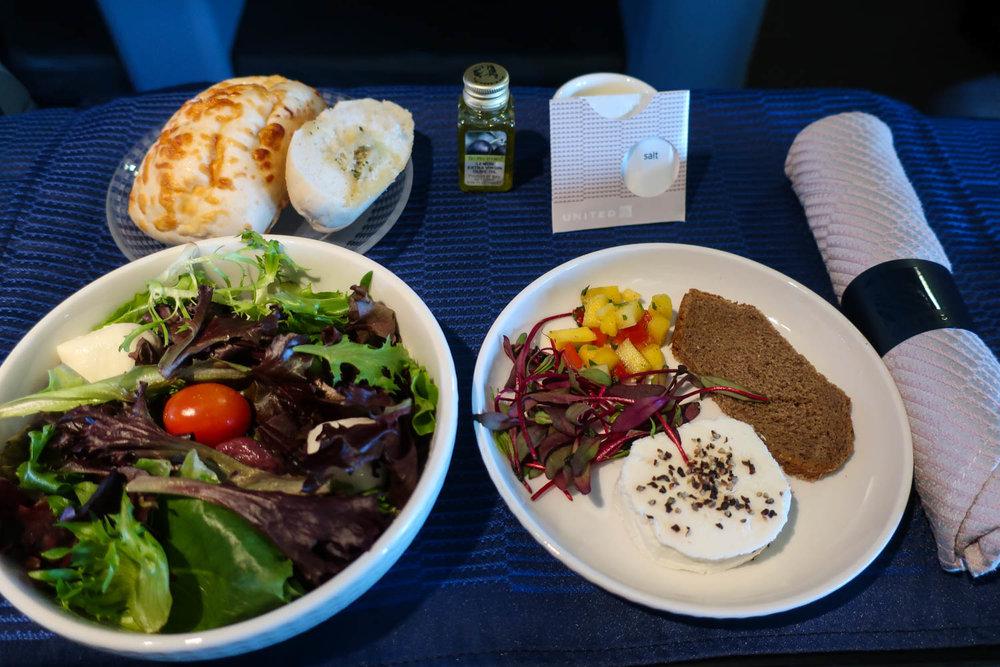 Salad & Appetizer - United 757 Business Class Transcontinental - Photo: Calvin Wood