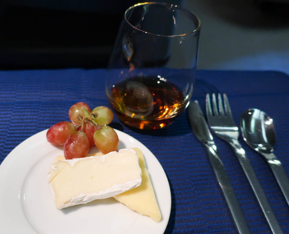 Warmed VSOP Cognac & Cheese - United Airlines - Photo: Calvin Wood