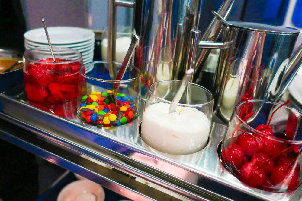 United's Signature Ice Cream Sundae Service - Photo: Calvin Wood