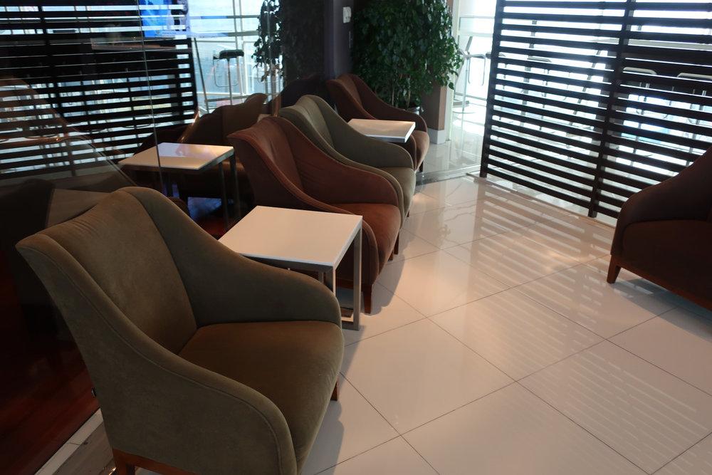 Seating - Thai Airways Lounge - Hong Kong - Photo: Calvin Wood