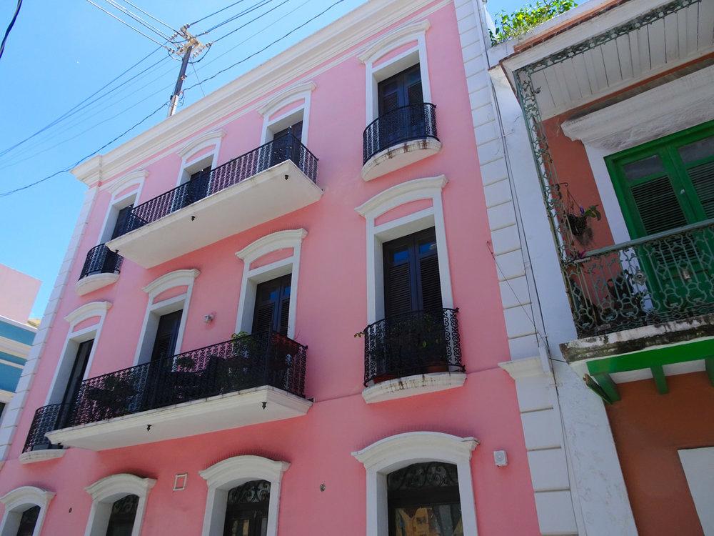 Colorful Building - Old San Juan Photo: Calvin Wood