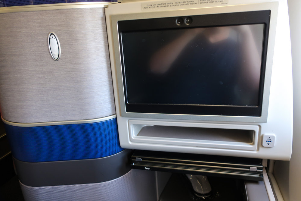 Video Monitor and USB - United Polaris Business Class   Photo: Calvin Wood