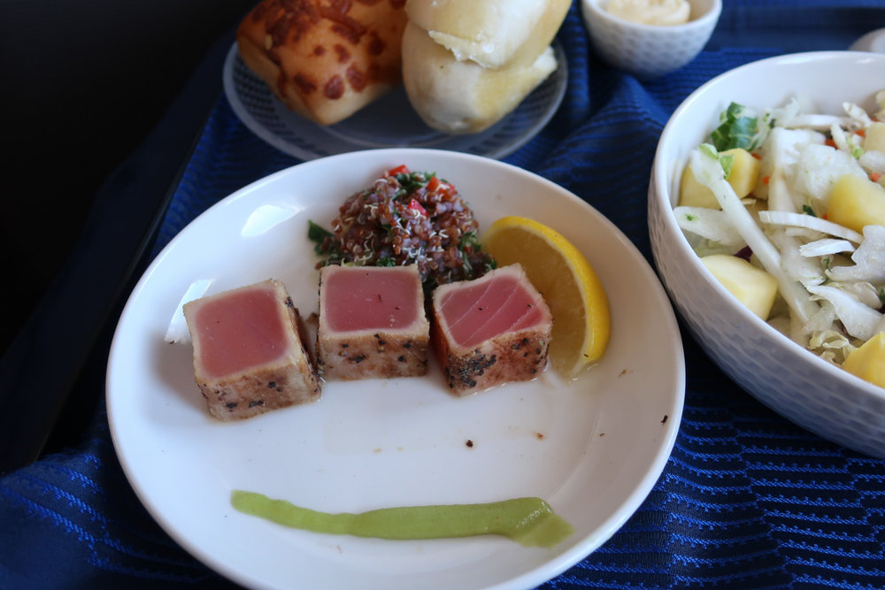 Seared Tuna Starter - United Airlines Business Class  777  Photo: Calvin Wood