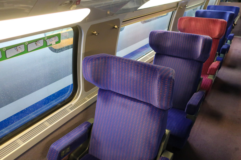 Single Seats  - First Class TGV     Photo: Calvin Wood