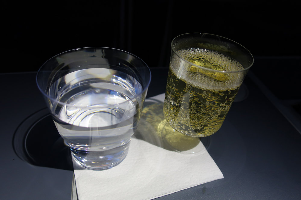 Prosecco - Norwegian Airlines Premium Cabin 787 -  Photo: Calvin Wood