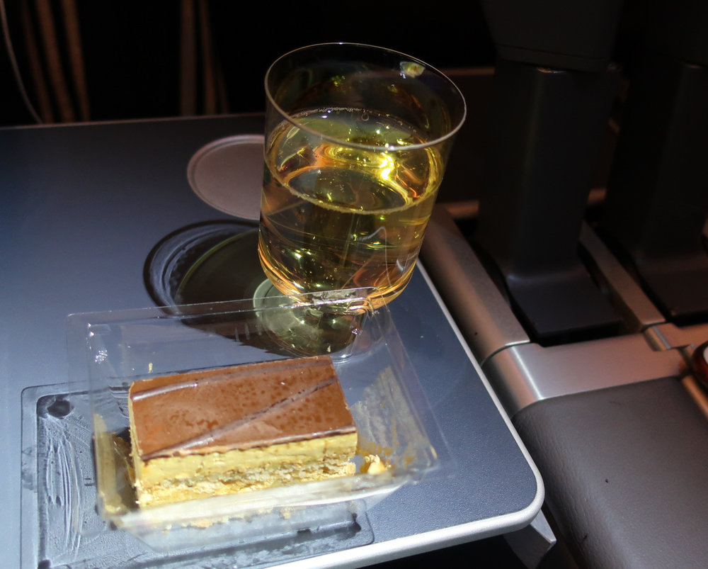 Wine and Dessert - Norwegian Airlines    Photo: Calvin Wood
