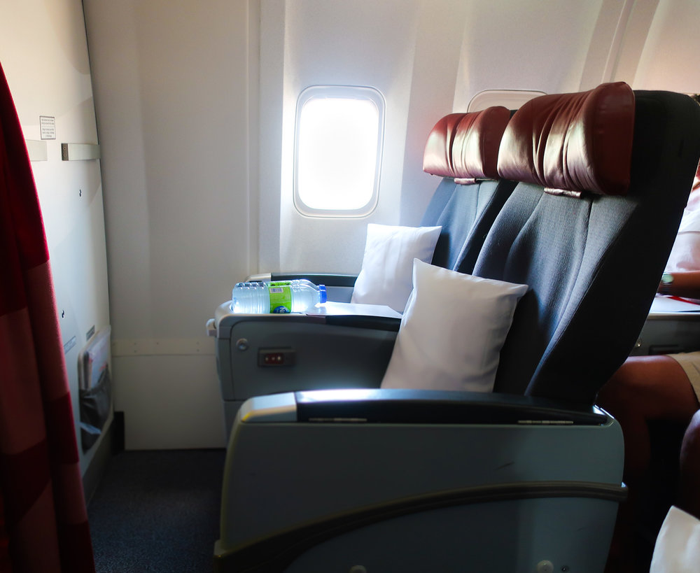 Premium Rouge Seats - Air Canada Rouge B767  Photo: Calvin Wood