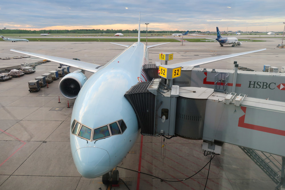 Tarmac Views - Maple Leaf Lounge Montreal    Photo: Calvin Wood
