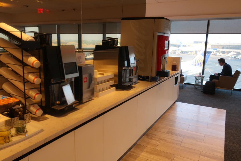 Coffee Bar - United Club Terminal A Newark  Photo: Calvin Wood