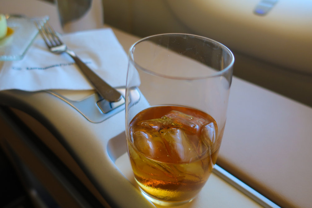 Johnny Walker Blue - -LH First Class    Photo: Calvin Wood