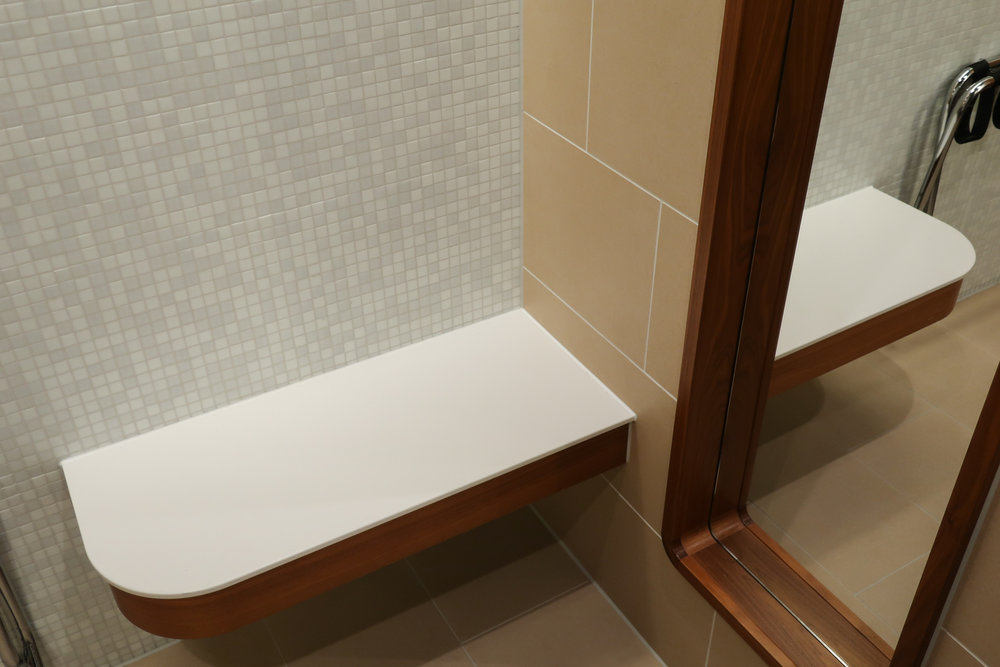 Bench - Shower Facilities - Welcome Lounge Frankfurt  Photo: Calvin Wood