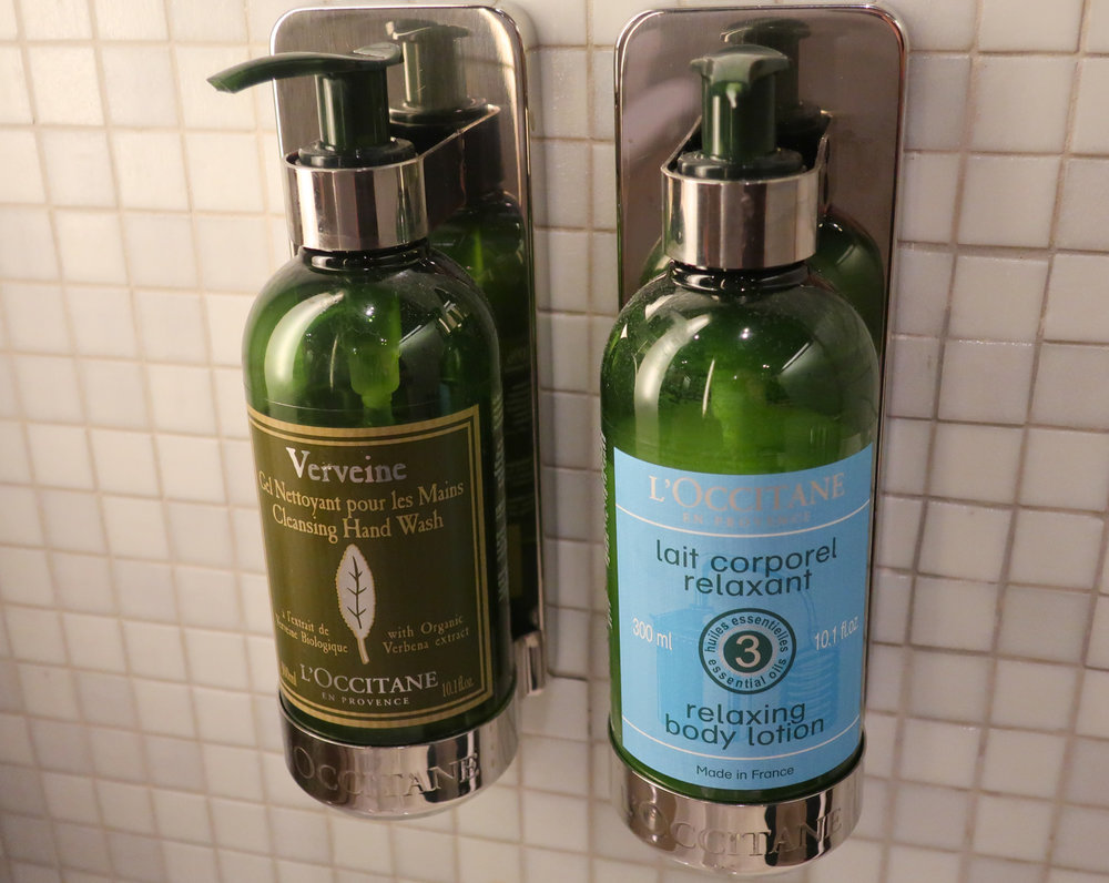 L'Occitane  Hand Wash and Body Lotion - LH Welcome Lounge Frankfurt  Photo: Calvin Wood