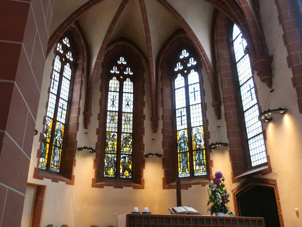 Interior -  Old St. Nicholas Church  - Frankfurt  Photo: Calvin Wood