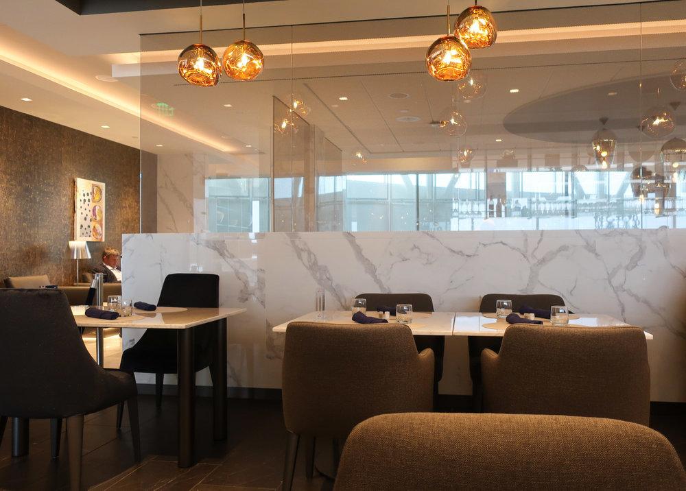 Dining Area - United  Polaris Lounge - Houston  Photo: Calvin Wood