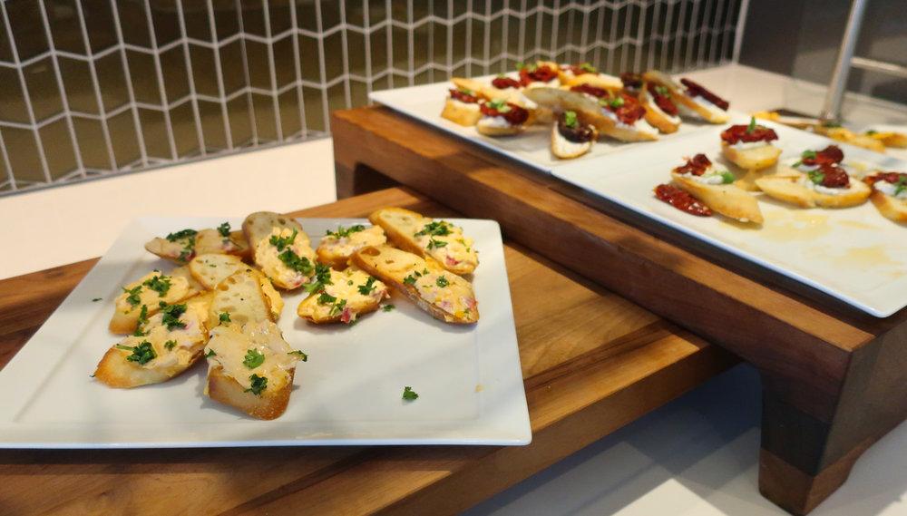 Gourmet Toasts - United  Polaris Lounge   Photo: Calvin Wood