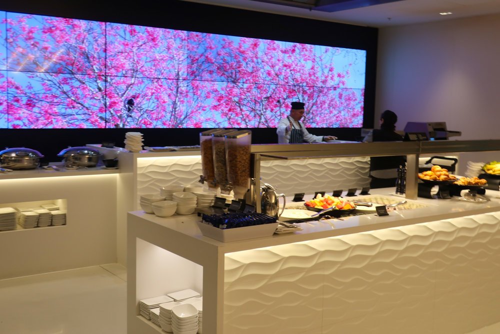Breakfast Nook - With French Toast Maker!Air New Zealand Lounge Sydney  Photo: Calvin Wood