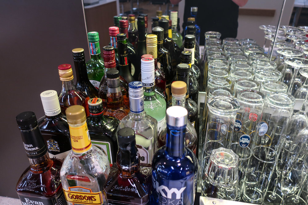 A Wide Selection Of Spirits!   Lufthansa Senator Lounge Newark    Photo: Calvin Wood
