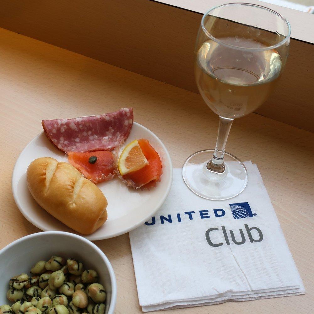 United Club Narita Tokyo  Photo: Calvin Wood