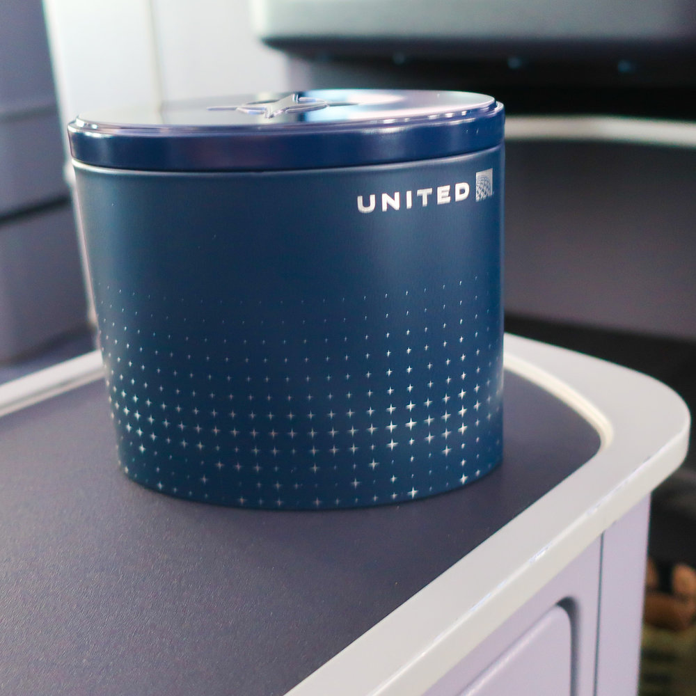 United Polaris Business Class Amenity Kit    Photo: Calvin Wood