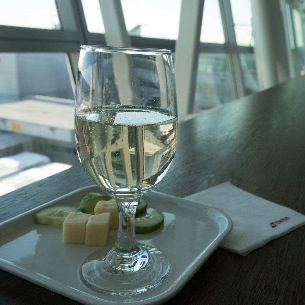 Wine and Cheese - Swiss Business Lounge JFK - Photo: Calvin Wood